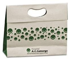 Sacola Em Papel Reciclado Para Brindes Com Alça Vazada